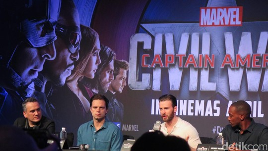 Tim Captain America Sambangi Singapura