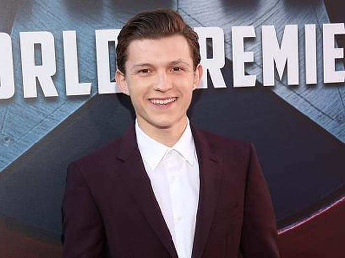 LAS VEGAS, NV - APRIL 12:  Actor Tom Holland speaks onstage during CinemaCon 2016 An Evening with Sony Pictures Entertainment: Celebrating the Summer of 2016 and Beyond at The Colosseum at Caesars Palace during CinemaCon, the official convention of the National Association of Theatre Owners, on April 12, 2016 in Las Vegas, Nevada.  (Photo by Alberto E. Rodriguez/Getty Images for CinemaCon)