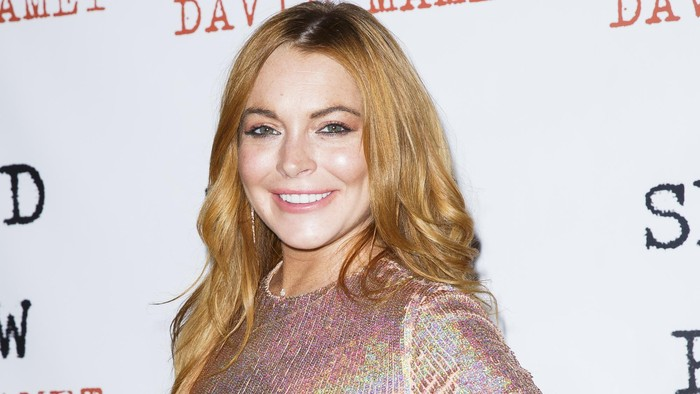 LONDON, ENGLAND - OCTOBER 02:  Lindsay Lohan attends the press night  after party  of Speed The Plow at Playhouse Theatre on October 2, 2014 in London, England.  (Photo by Tristan Fewings/Getty Images)