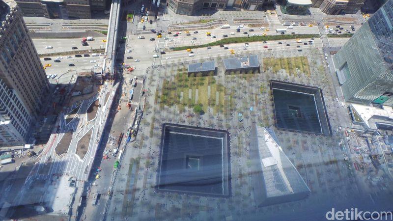 Ground Zero merupakan monumen yang menjadi bentuk penghormatan kepada korban tragedi 9/11. Lokasinya berada di bekas gedung World Trade Center (Fajar/detikcom)
