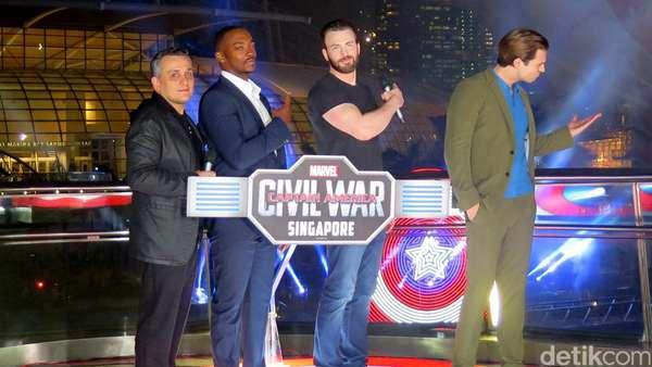Meriah! Pesta Kembang Api Tim Captain America di Singapura