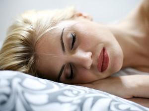 Riset: Semakin Kamu Kurang Tidur Makin Banyak Orang Malas Berteman Denganmu