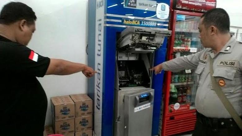 Pencuri Gagal Gasak Uang di ATM