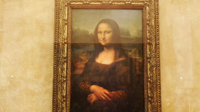 PARIS - AUGUST 24:  The famous Leonardo Da Vinci painting