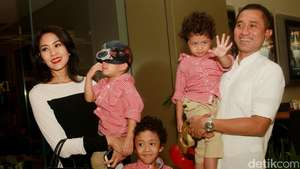 Anak Lukman Sardi Mirip Brad Pitt
