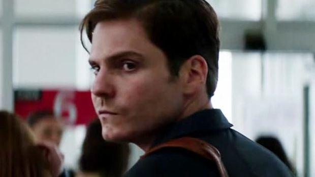 Daniel Bruhl/Baron Zemo dalam film Captain America Civil War