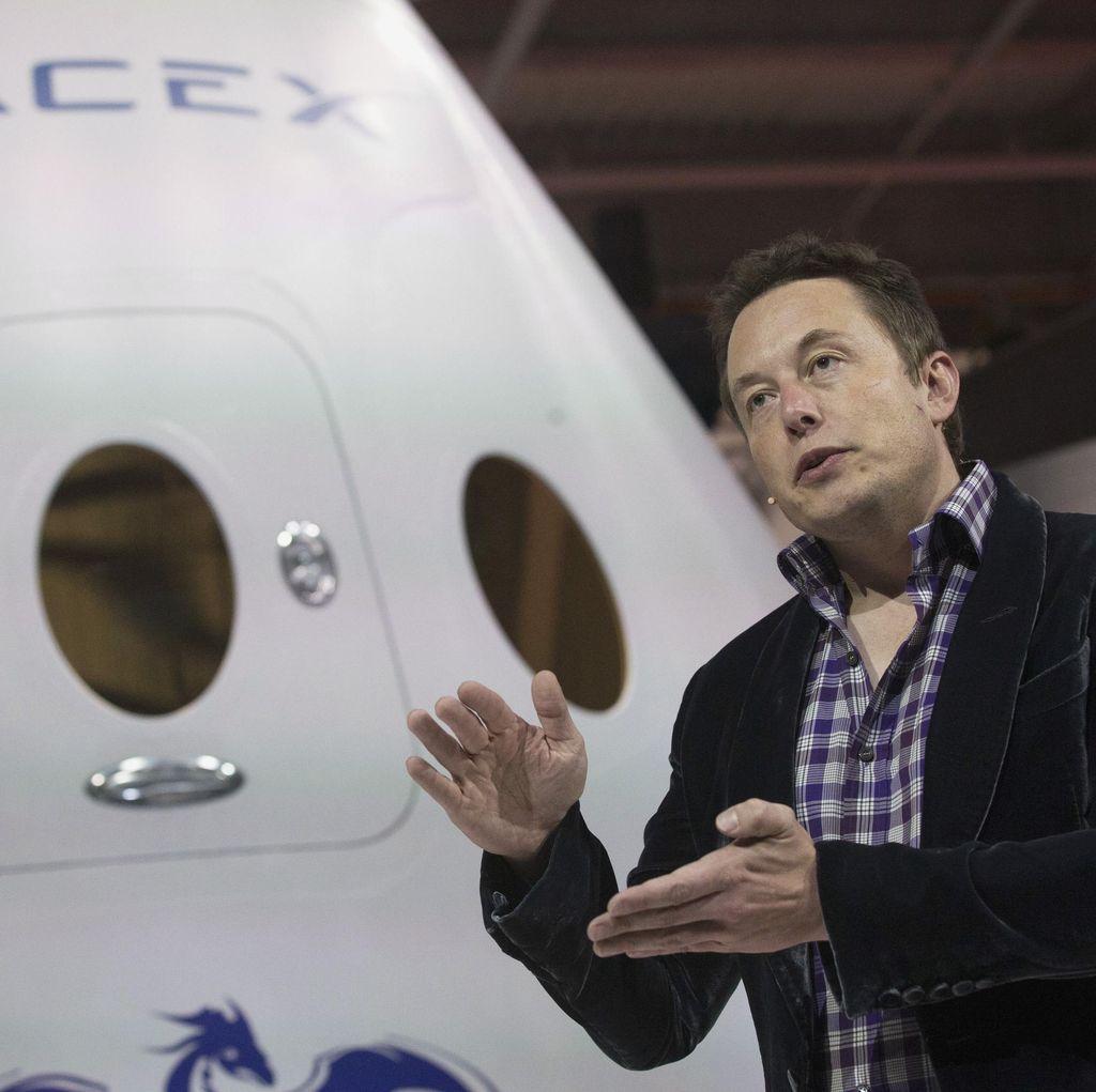 Elon Musk Jadi Saksi Peluncuran Satelit Merah Putih?