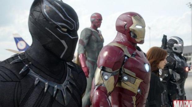 Cuplikan film 'Captain Amerika: Civil War'