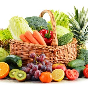 Cuci Sayur & Buah Pakai Sabun Cegah Corona? Ini 5 Mitos Salah Soal Makanan