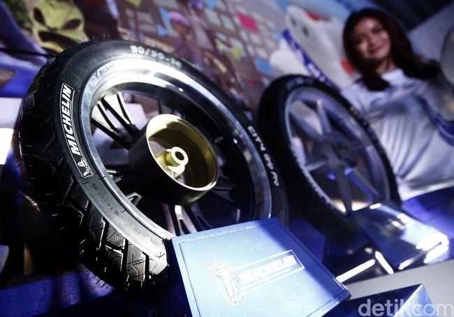Ingat! Ganti Ban Lebih Kecil Bikin Motor Nggak Kuat Angkut Beban