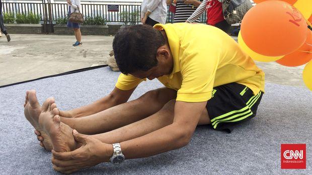 4 Gerakan Yoga Asana buat Turunkan Berat Badan