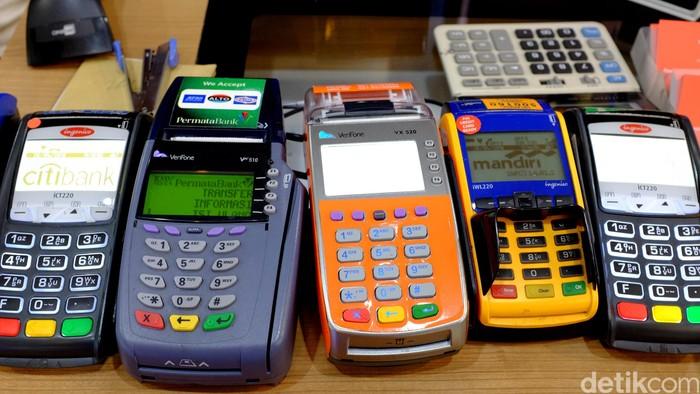 Mesin pembayaran non tunai Electronic Data Capture (EDC)