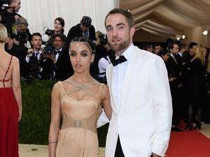 Robert Pattinson dan FKA Twigs Dikabarkan Batalkan Pertunangan
