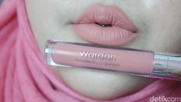 Product Review: Lipstik Cair Terbaru dari Wardah yang