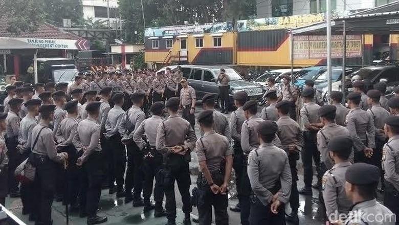 Antisipasi Kerusuhan Antar Suporter, 350 Polisi Disebar di Akses Tol Suramadu