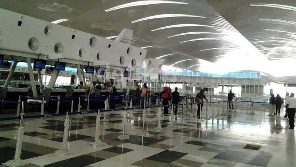 Porsi Investasi Asing di Bandara dan Pelabuhan Batal Diperbesar