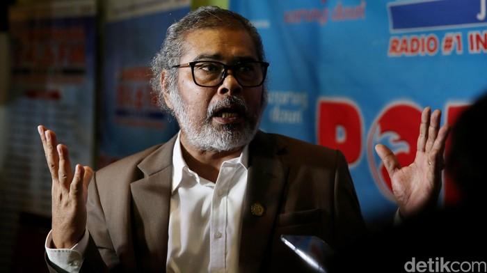 Ketua Komisi Nasional Perlindungan Anak (Komnas PA) Arist Merdeka Sirait di Jakarta, Sabtu (7/45/2016).