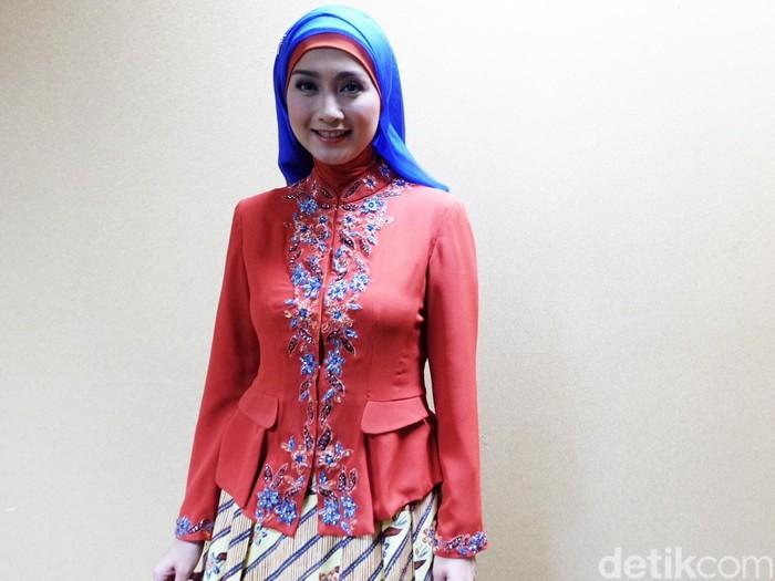 DesyRatnasari Jadi Juri Sunsilk Hijab Hunt 2016 Jakarta