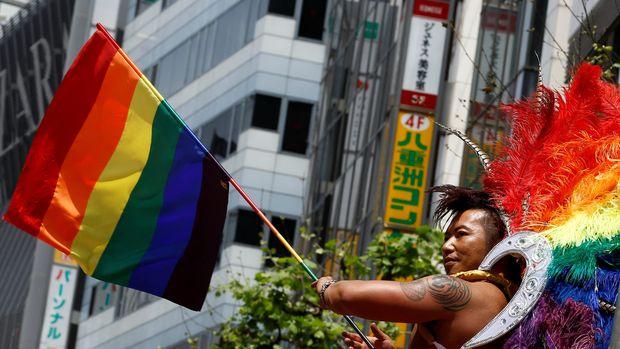 Bermula dari New York, Pride Month sebagai momen masyarakat LGBT membela hak asasinya dirayakan di seluruh dunia.