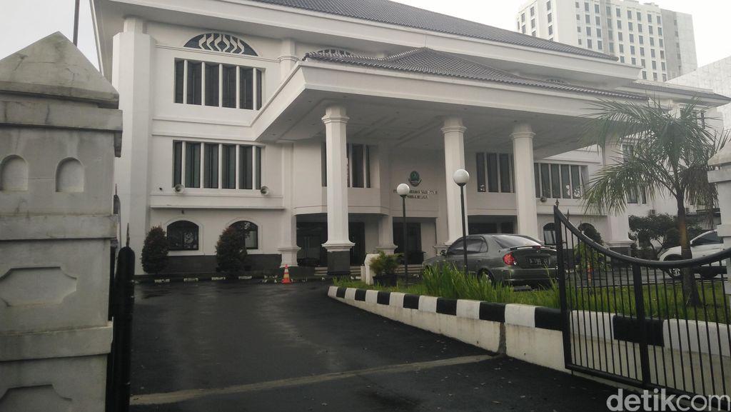 38 Orang Positif Corona, Gedung DPRD Jabar Ditutup 14 Hari