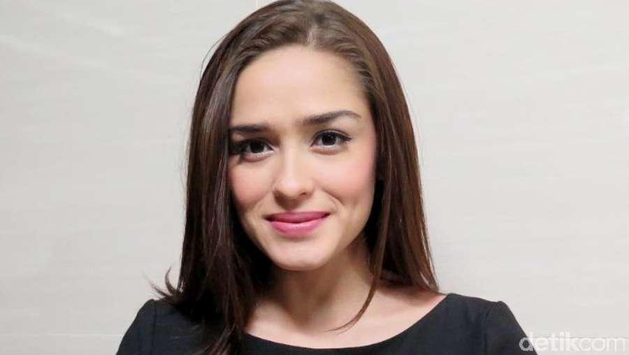 Yasmine Wildblood Hamil Muda