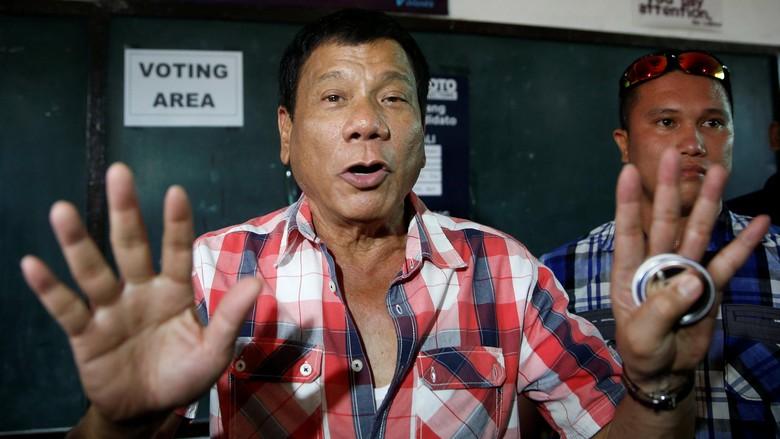 Wali Kota Kontroversial Rodrigo Duterte Menangi Pemilihan Presiden Filipina
