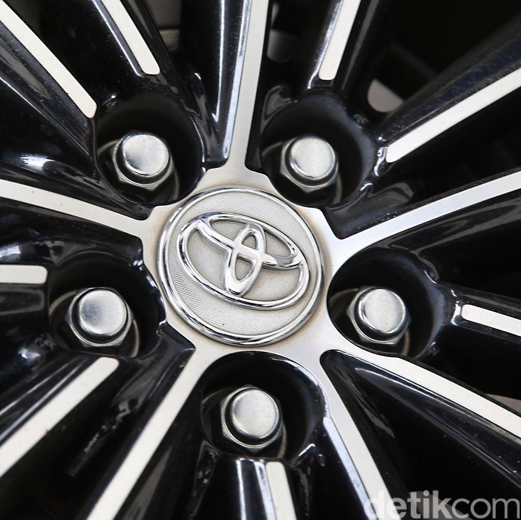 Toyota Bisa Saja Buat Mobil Listrik Kembar dengan Daihatsu