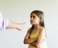 Penyebab Anak Suka Melawan Orang Tua dan Tips Mengatasinya