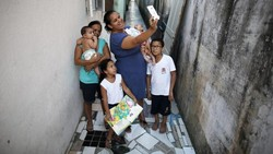 Sepasang bayi kembar bernama Lucas dan Laura yang lahir di sao Paulo, Brazil, disebut peneliti bisa menjadi kunci mengalahkan virus Zika.