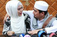 Ikhtiar April Jasmine dan Ustaz Solmed Menanti Buah Hati