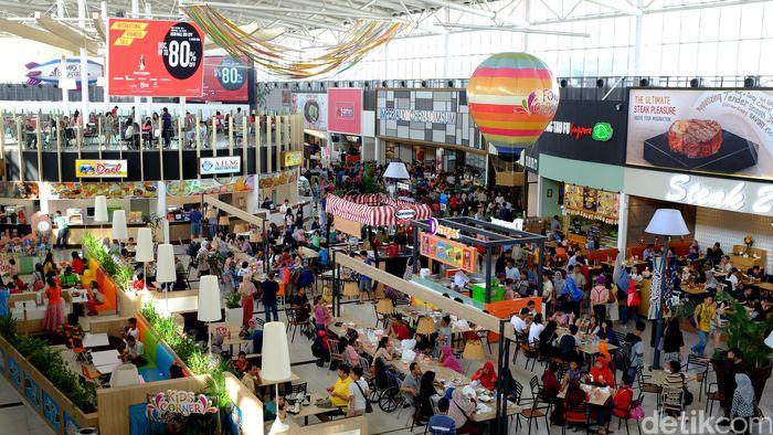 AEON Mall di BSD. Foto: Ari Saputra