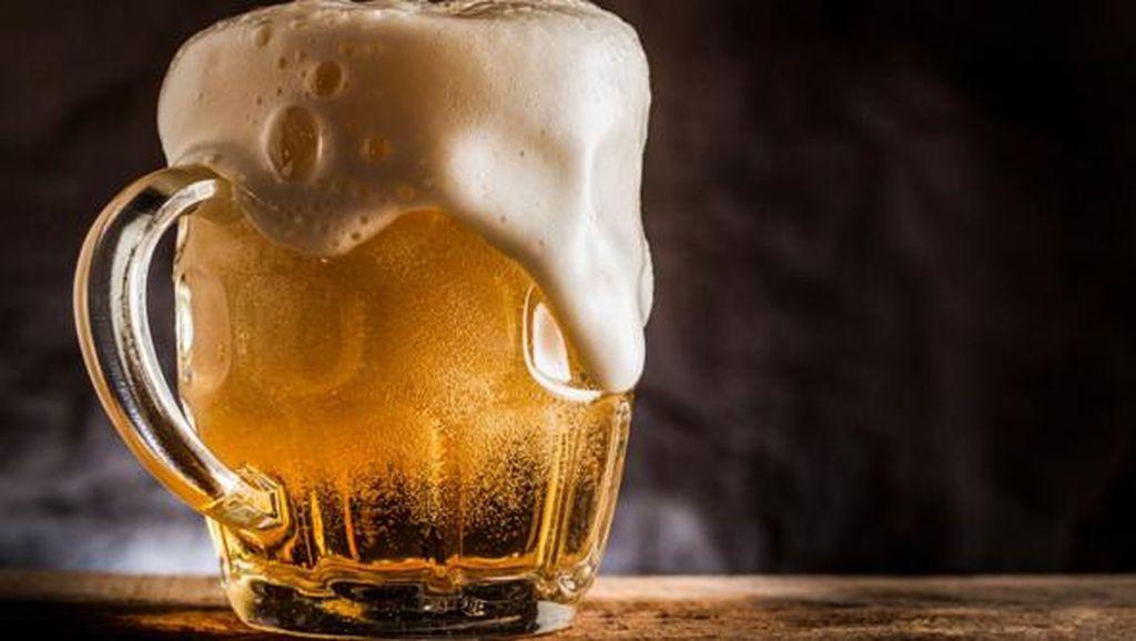 WHO Ingatkan Minum Alkohol Bisa Buat Orang Rentan Terinfeksi Virus Corona