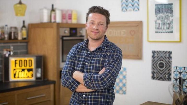Aksi Heroik Jamie Oliver Lindungi Keluarga dari Maling/ Foto: TLC