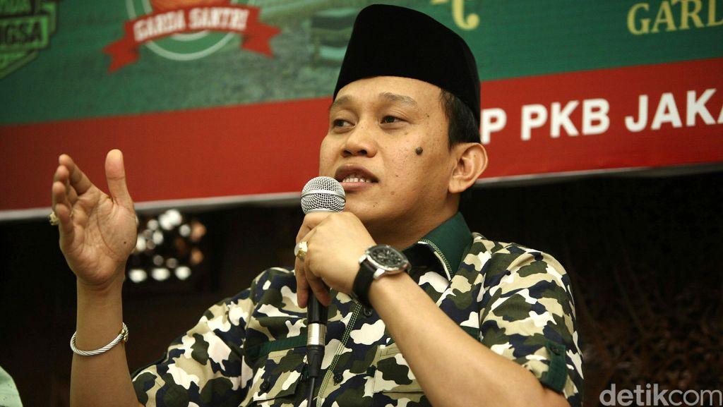PKB: Prabowo Didukung Ijtimak Ulama, Harusnya Bisa Salat dengan Baik