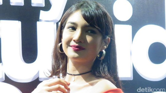 Atikah Suhaime, Aktris Cantik Asal Malaysia
