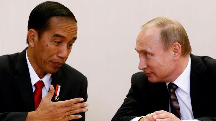 Presiden Jokowi dan Presiden Putin/Foto: Reuters