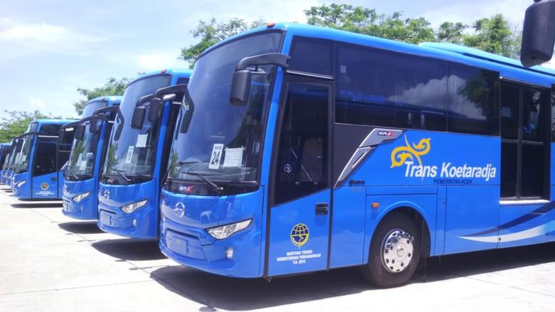 Melongok TransK, Bus yang Memisahkan Penumpang Pria dan Wanita