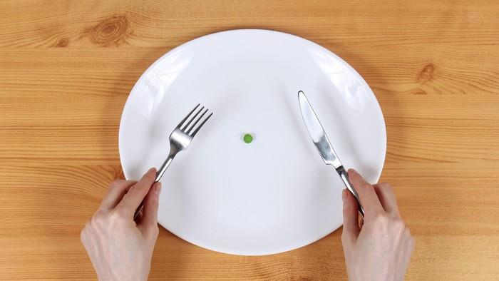 Terobsesi dengan clean eating, wanita ini malah mengidap anoreksia. Yaitu suatu gangguan emosional yang membuatnya terobsesi memiliki tubuh kurus. Foto: Thinkstock