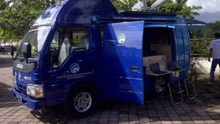 Mobil Internet Kecamatan (MPLIK) Kominfo