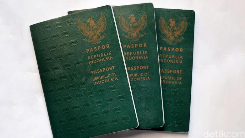 Daftar Negara Bebas Visa buat Paspor Indonesia. (Foto: Ari Saputra)