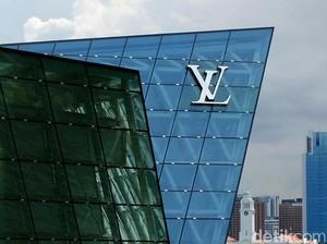 10 Fakta Louis Vuitton, Pria Miskin dari Desa yang Awalnya Cuma Pembuat Peti