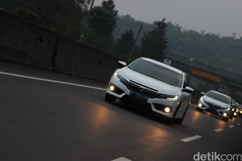 Sedan Honda Civic. Foto: Rangga Rahadiansyah