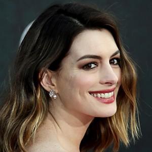 Anne Hathaway, Wanita dengan Wajah Paling Sempurna di Dunia