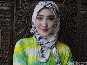 Tips Pilih Hijab untuk Mudik dari Dian Pelangi