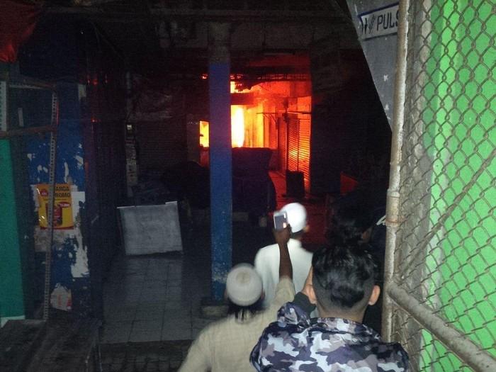 Foto: Kebakaran pasar besar Kota Malang (Aminudin/detikcom)