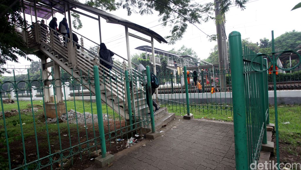Rusun Nempel Stasiun Tanjung Barat Belum Ada Bentuknya