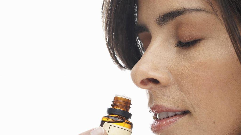 Menghirup Aromaterapi Diklaim Bisa Membantu Mengatasi Kecanduan Rokok