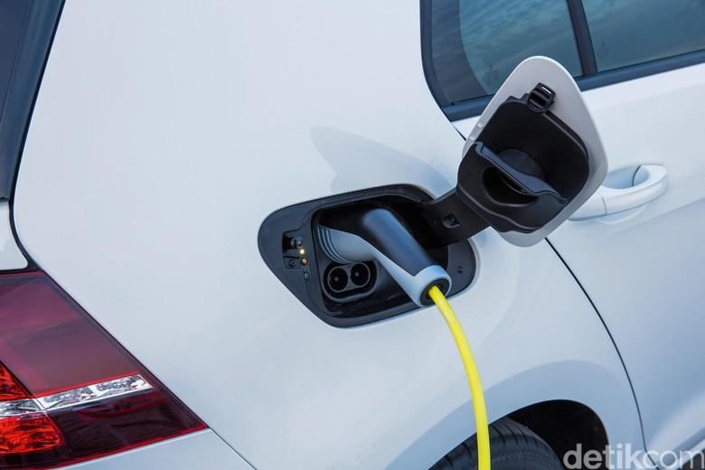 Ilustrasi mobil listrik (Foto: VW Group)