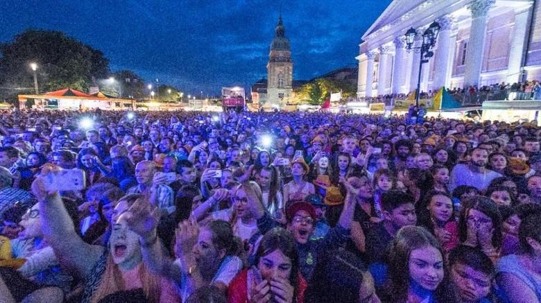 Festival Musik di Spanyol Memakan 300 Korban Luka