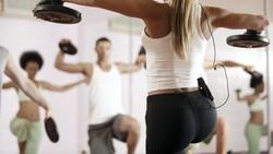 Mendengar kata olahraga pagi biasanya berlari yang sering terlintas di pikiran. Namun selain itu ada banyak lho olahraga lain yang tak kalah seru.
